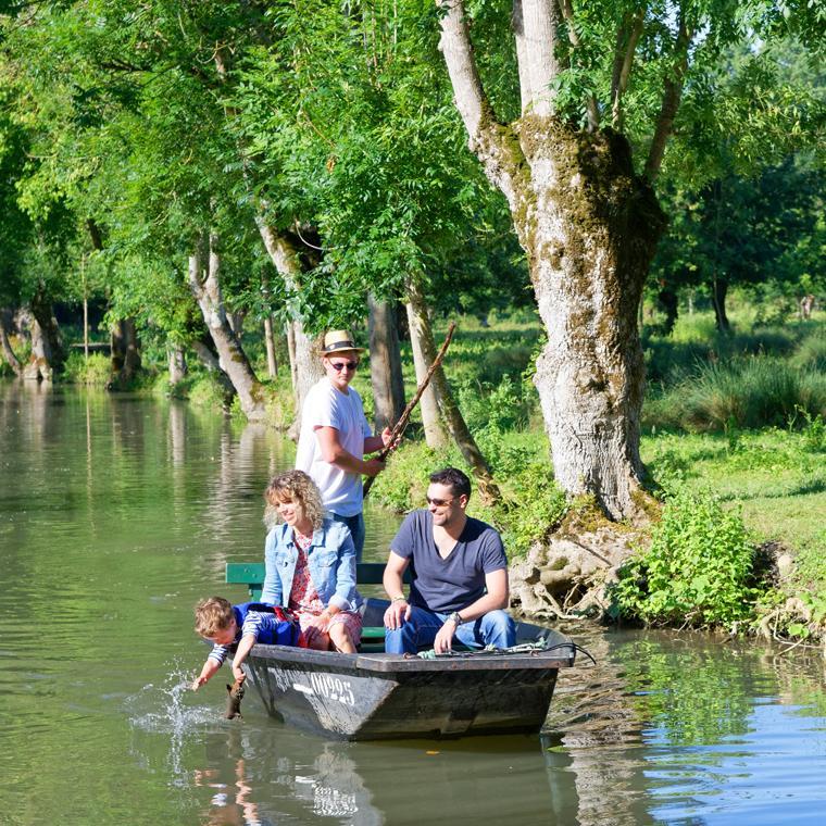 Balade en barque dans le Marais