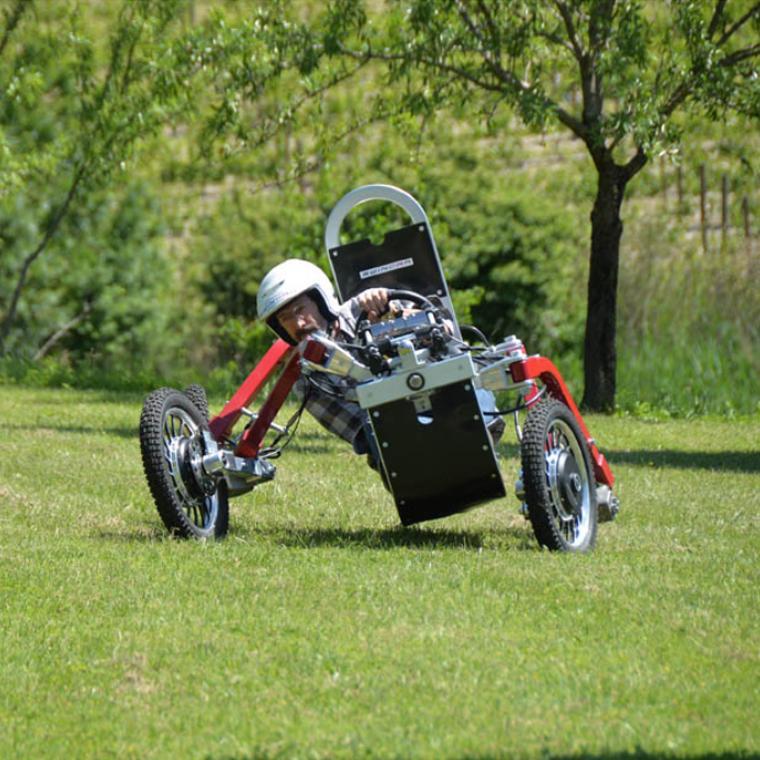 quadricycle pendulaire électrique swincar