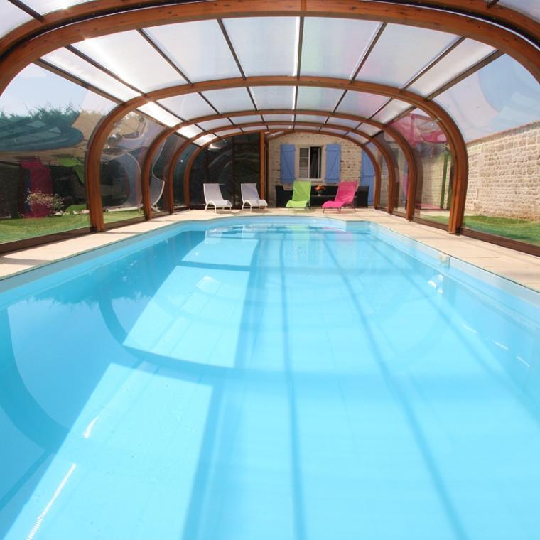 Institut de soin et piscine au gîte de la Bergerie