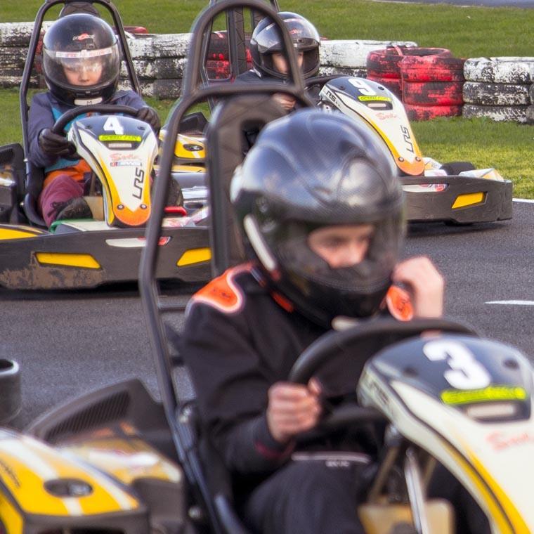 Karting avec les ados